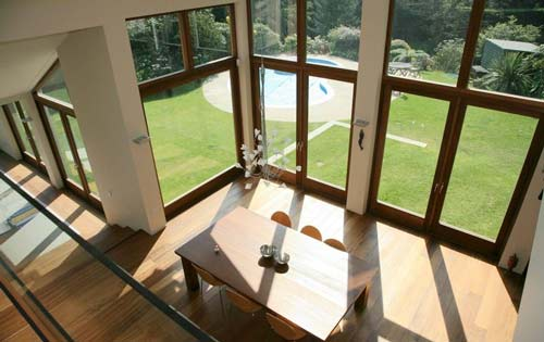 常用木窗分为玻璃窗